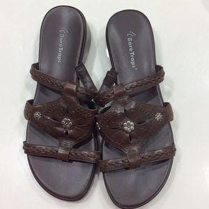 Baretraps leather flat form sandals